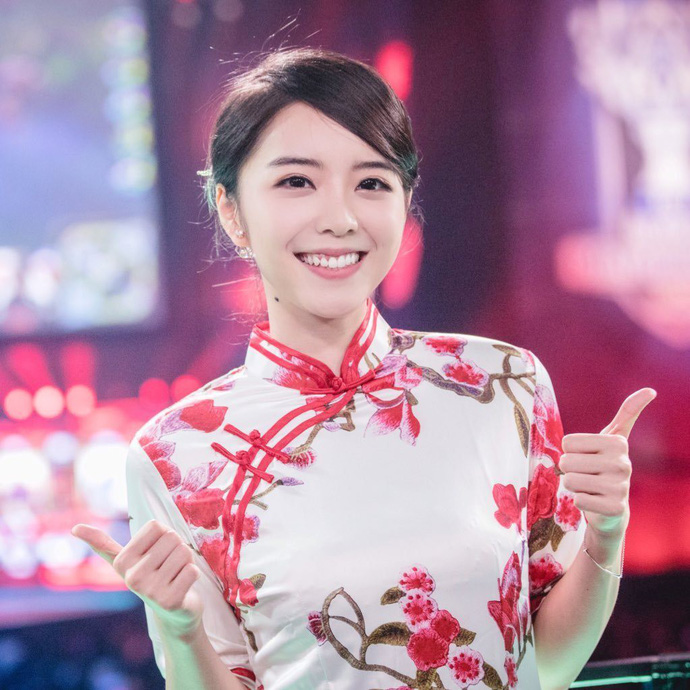 Candice: Nu MC quyen ru nhat cua LMHT Trung Quoc - 3